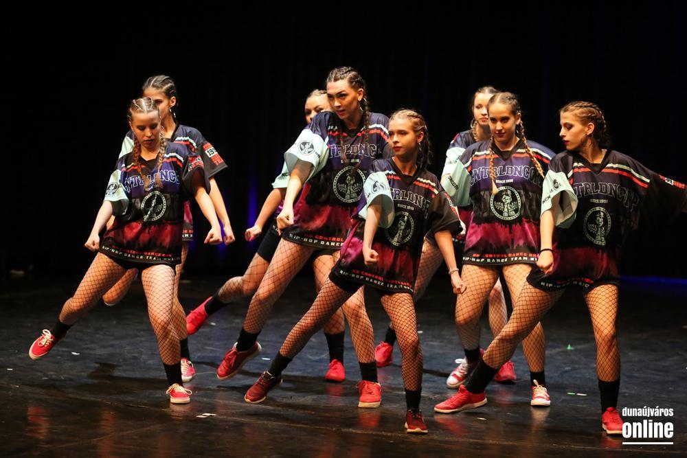 NCDG 20.17 - VIOLIN GALA - HIP-HOP DANCE TEAM - HUNGARY
